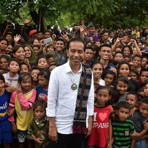 Jokowi with Kids
