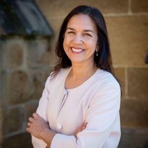 Ms Lisa Singh